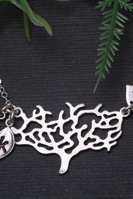 Family Tree Necklace,Personalized initial,Monogram necklace,Bird necklace,Mother Jewelry, Mother Daughter Jewelry,Silver tree