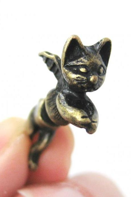 3D Fake Gauge Kitty Cat Burglar Animal Stud Earrings in Brass