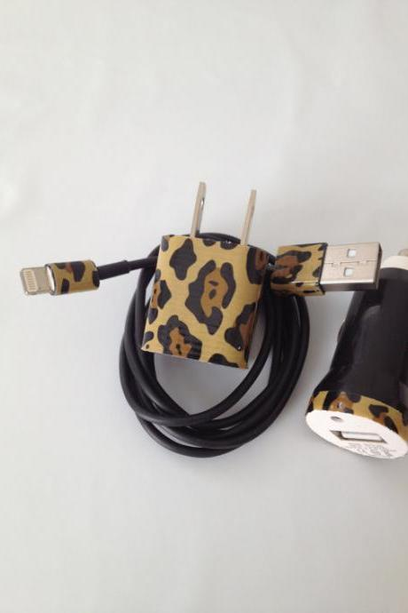 Cheetah I PHONE 4/4SI PHONE 5 Charger customized for you 3 In 1 charger.