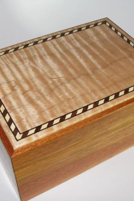 Inlaid Tiger Maple Memory Box. 8.25' x 6' x 4'
