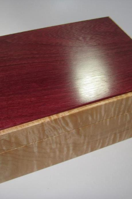Purpleheart and Tiger Maple Keepsake Memory Box. Lined in White Leather. 10' x 7' x 4'