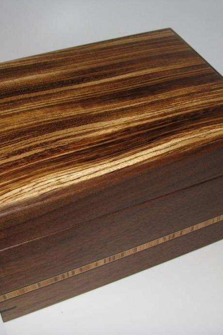 Sleek Zebrawood and Walnut Keepsake Box. 8' x 6' x 4'