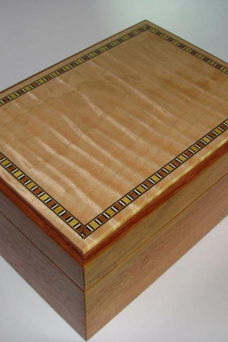 Tiger Maple Keepsake Box with Brazillian Cherry Sides. Inlaid Top and Velvet Lined. 8.25' x 6' x 4'