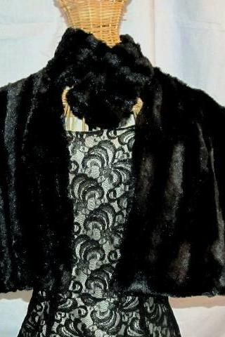 Faux mink cape go out in style and class