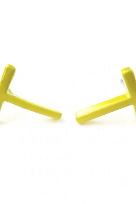 Classic Small and Simple Cross Shaped Stud Earrings in Yellow