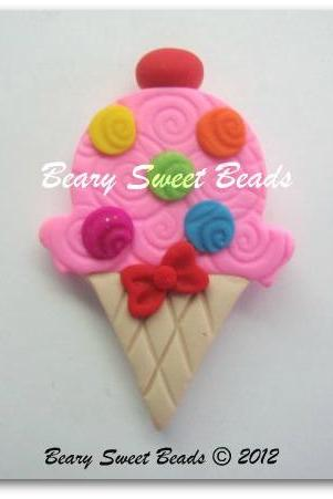 Bubble Gum Swirly Ice Cream Cone