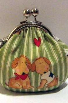 Dogs in love frame pouch - frame purse