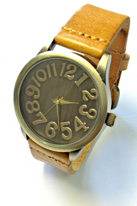 Handmade Vintage Classical Big Arabic Numerals Face Leather Band Men Women Girl Quartz WristWatch Light Brown