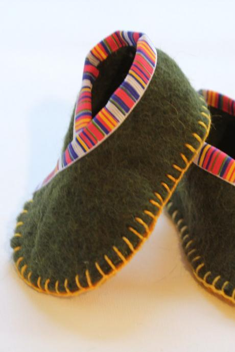 Baby Booties, 100% Wool Felt, Fortune Cookie Wrap, Eco Friendly, Photo Prop, Super Soft