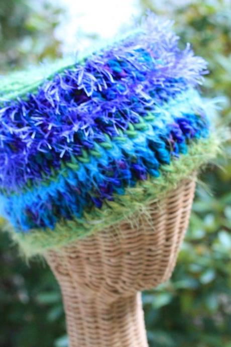 Violets - Multi fiber hat, Large Size for 21' or larger, super soft, warm and shimmery