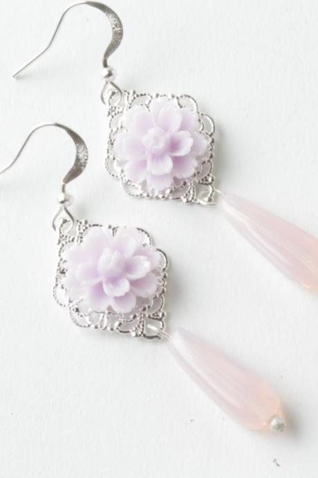 flower earrings - bridesmaid earrings -lilac - shabby-chic - purple - cabochon earrings - vintage earrings - victorian - made of honor gift