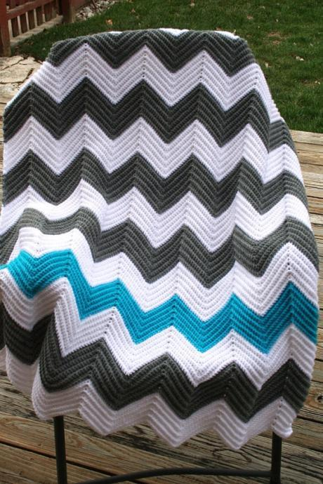 Chevron Crochet Afghan (Blue, Grey, White)