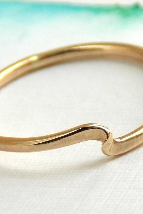 Twister Stacking Ring: 14K Gold-filled ring, dainty ring, simple ring, stacking ring, rose, gold ring, wave ring, twisted ring