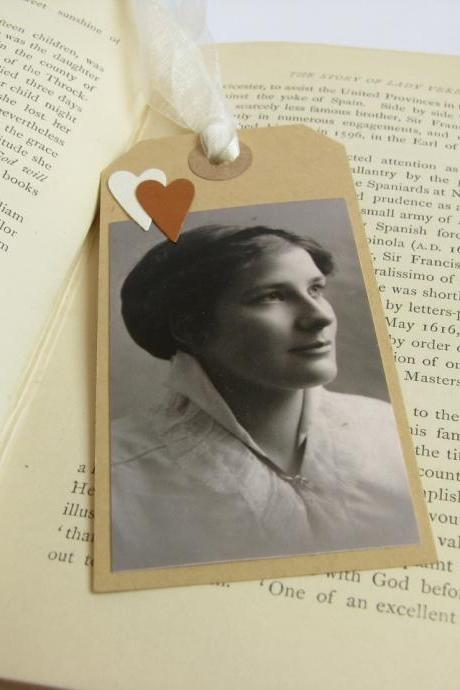 Elegant Edwardian lady gift tag bookmark