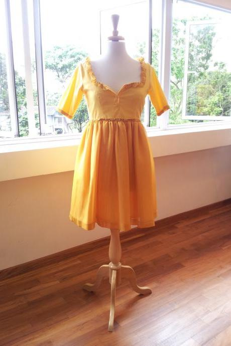 Romantic Yellow Dess - Crazy Happy Sun Dress with Alice in Wonderland feel
