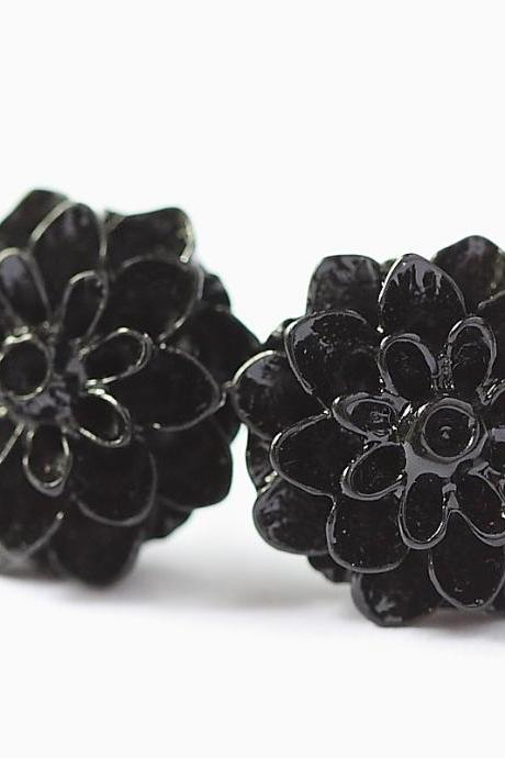 Black Chrysanthemum Ear Posts, Bridal Jewelry, Bridesmaids Gift, Flowergirls Gift