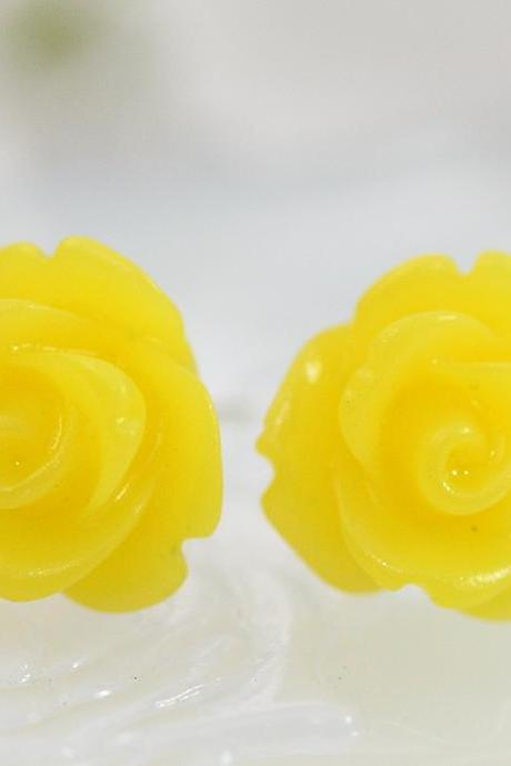 Frosted Yellow Rose Ear Posts, Bridal Jewelry, Bridesmaids Gift, Flowergirls Gift