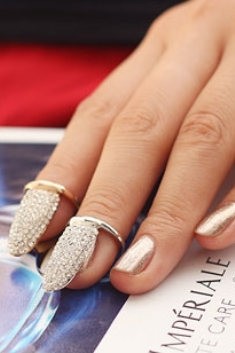Exquisite Fake fingernails nail rings