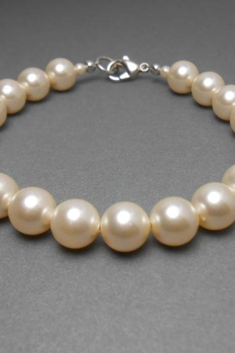 Pearl Bracelet With Cream Swarovski Crystal Pearls