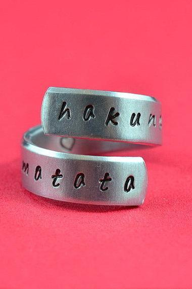 hakuna matata - Hand Stamped Spiral Ring, Pure Aluminum, Shiny, Skinny Band Ring, Lion King Inspired, Handwritten Font