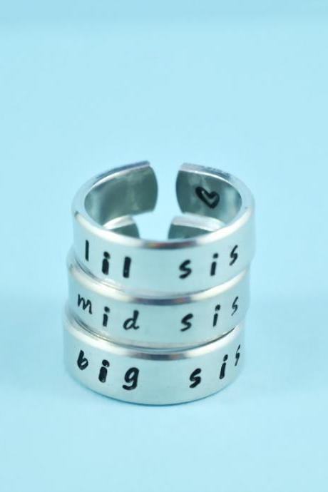 big sis/mid sis/ lil sis - Hand Stamped Rings Set, Shiny Aluminum Spiral Rings, Forever Love, Friendship, BFF gift, Handwritten Font