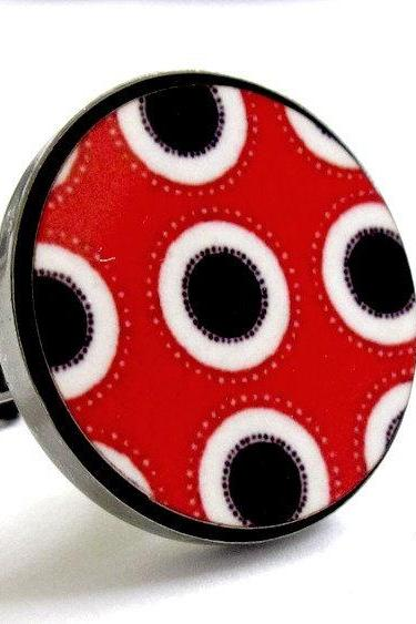Baronyka Dots And Circles In Black White Red Ring
