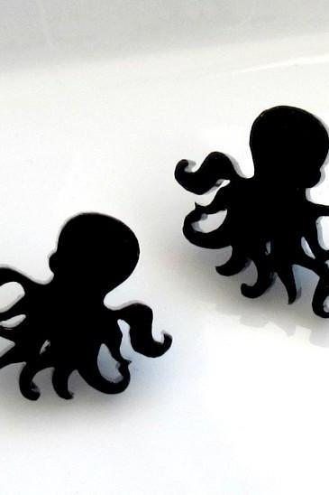 Little Sweet Octopus Stud Earrings - Steampunk Jewelry - Octopus Jewelry - Octopus Earrings - Minimalist Jewelry - Contemporary Jewelry
