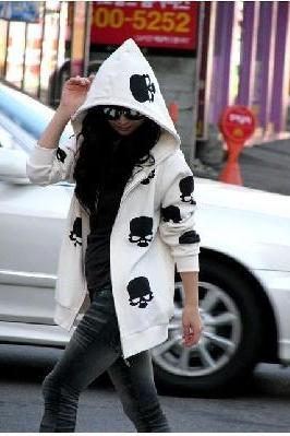 White w/ Black Skull Cotton Hoodie (Medium/Large)