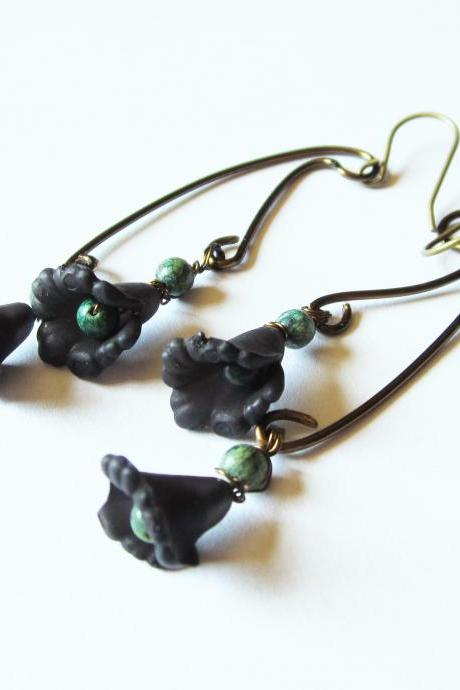 Boho Jewelry, Black Lucite Flowers Earrings with Green Turquoise Jasper Gemstones