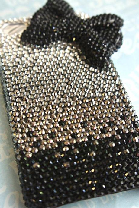 FREE SHIPPING: swarovski crystal studded iphone 4/4s phone case