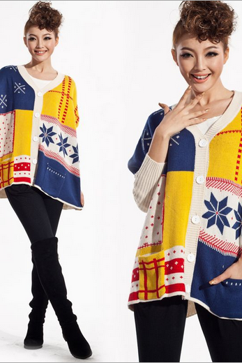 Snow hit the color geometric pattern cardigan loose bat sleeve sweater