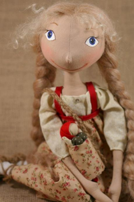 Cloth Doll Vasilisa from Russian fairy tail story - made to order