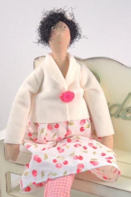 Art Cloth doll Gloria for home decor