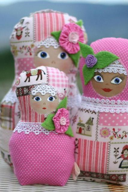 Russian dolls Matryoshka Babushka - set of three