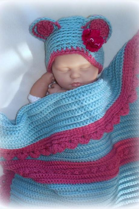 Baby girl recieving blanket and hat set, Newborn, Nursery