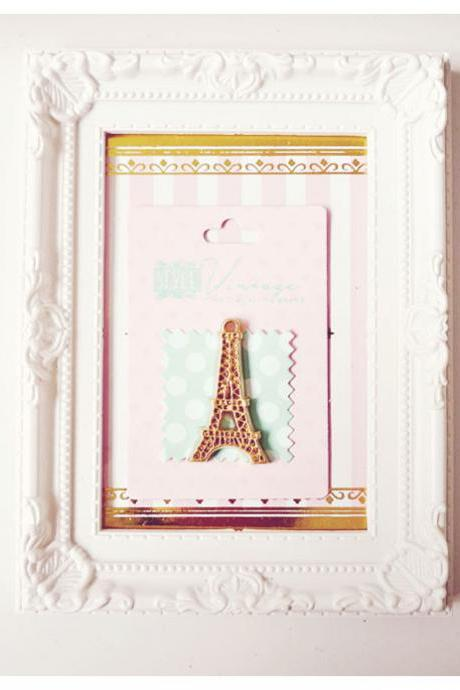 Gold Resin Eiffel Tower Cabochon Embellishment