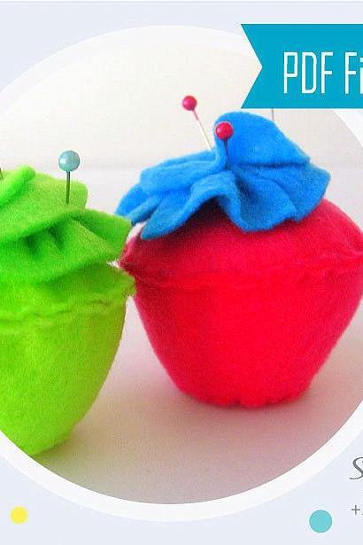 Pincushion Pattern, Felt Cupcake Pincushion Sewing Pattern MariaPalito A803