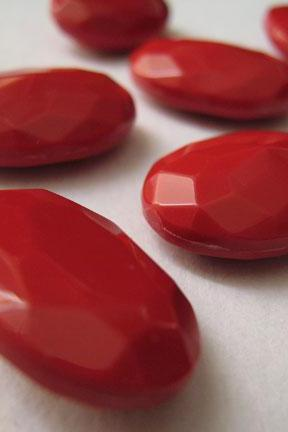 10 qty 18mm vintage red lucite faceted oval cabochons or stones