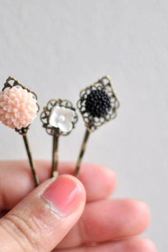 Sweet Bouquet. Floral Bobby Pin Hairpins