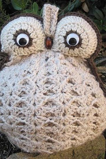 Crochet Owl Tea Cozy - made to order in your choice of colour