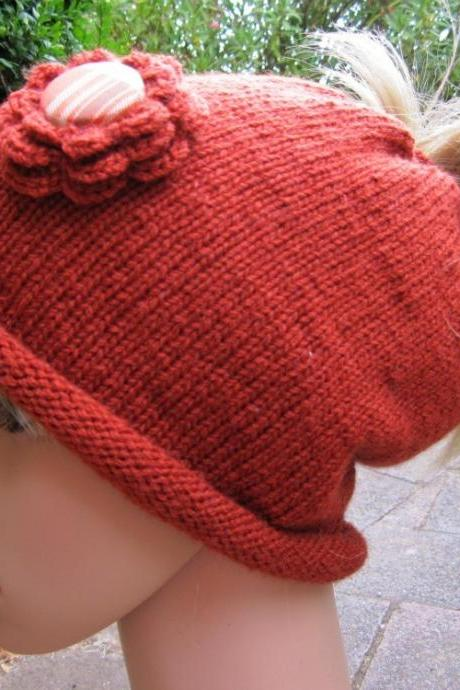 Ponytail Beanie - autumn rust with plaid button