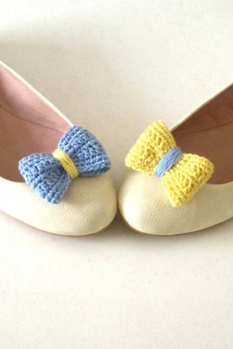 Opposites attract. Crochet bow shoe clips.Sky blue and pale yellow.