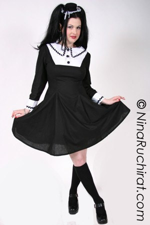 Gothic Lolita Cosplay Chii Dress Goth Loli Cute Kawaii Black and White Long Sleeves A Line A-line Cotton Dress Custom Size Plus Size