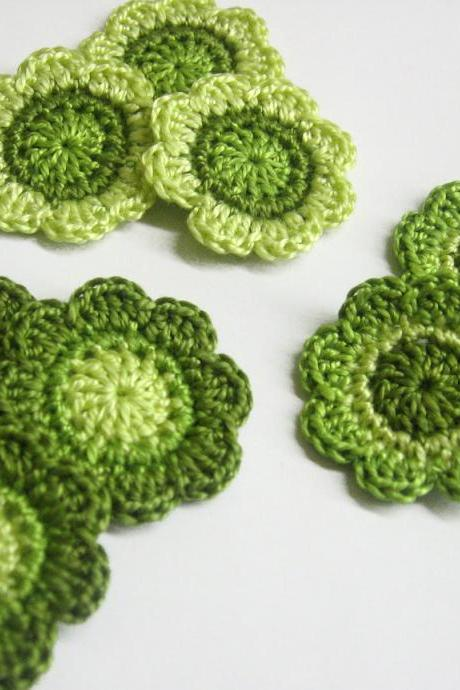 Handmade cotton flower motifs appliques in green shades 1,4 inches set of nine