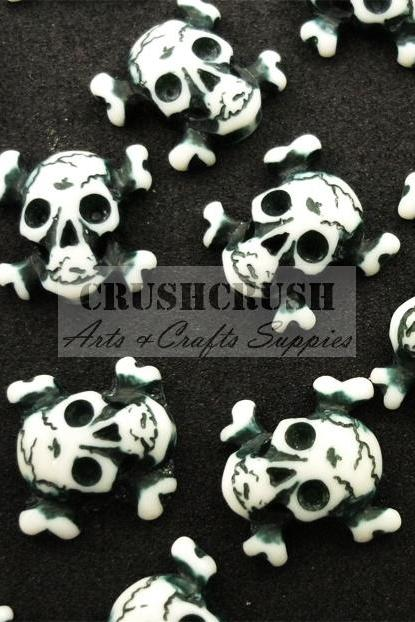 18pcs Gothic Skull and Crossbones Death Cabochons Flat back F1140