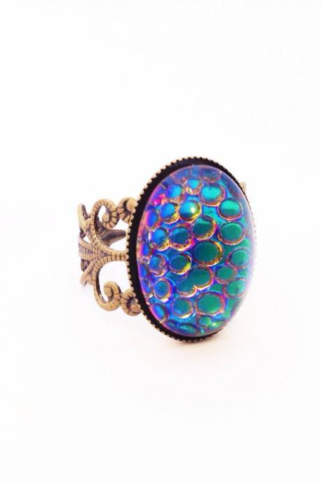 Thousand Eyes Snakeskin Adjustable Ring