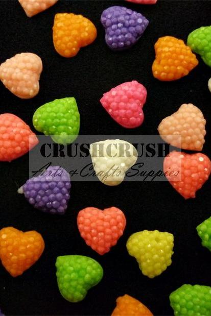 50pcs Tiny Glitter Hearts Flat back Cabochons DIY Glue On F1142