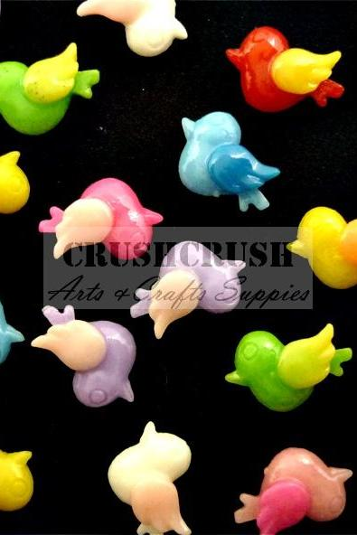 40pcs Little Swallow Birds Flat back Cabochons Animals Fly F1146