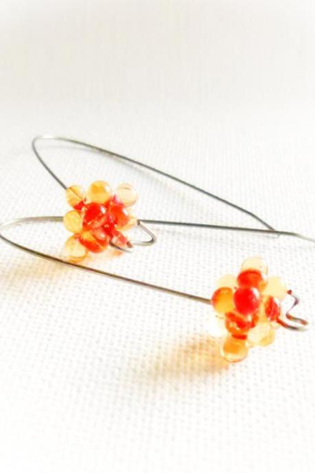 Tangerine minimalist fashion earrings. Mother day gift idea. Trend colors. tbteam,