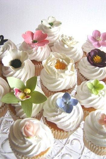 Wedding Favors. Wedding Cupcake Flowers